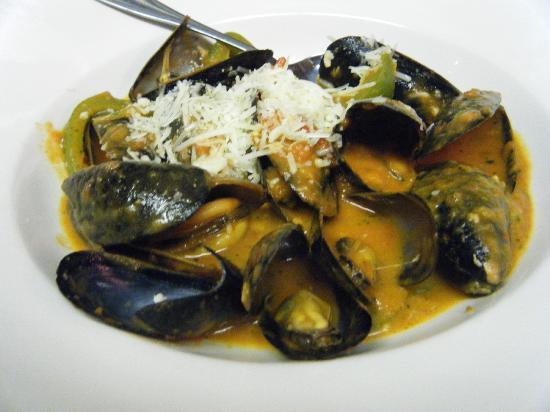 P&M's Kouzzina: Our Signature Mussels Marinara