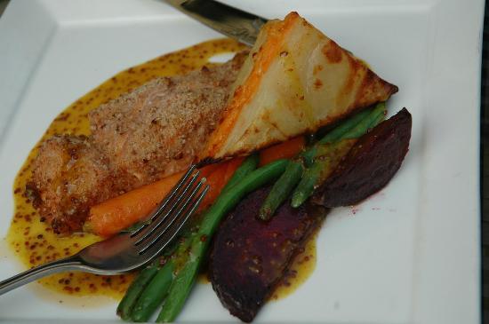 Mavor's Restaurant: Maple-crusted salmon entree