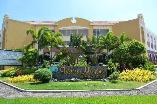 Vista Marina Hotel: hotel front view