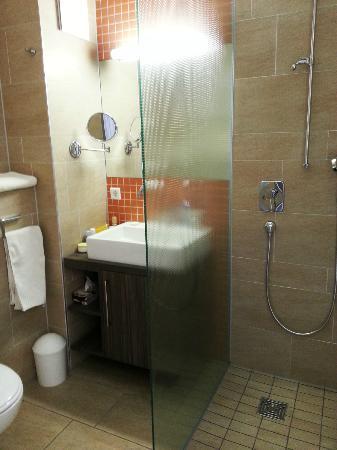 Hotel-Pension Linner: Bathroom
