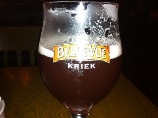 Belgian Beer Cafe: Santé!