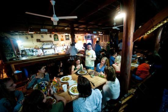 Funky Monkey Lodge: restaurant