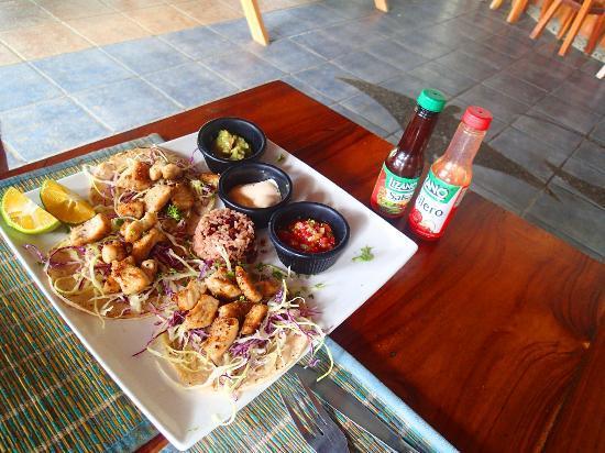 La Manta : Fish tacos!!!