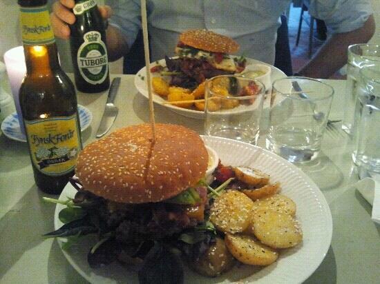 KH Clausen: hamburgers
