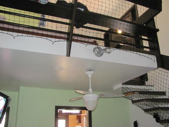 Berty-Ocas Apart Hotel: proteção da parte do mesanino