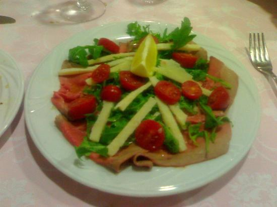 Torreglia, Italien: Roast beef pomodorini rucola e grana