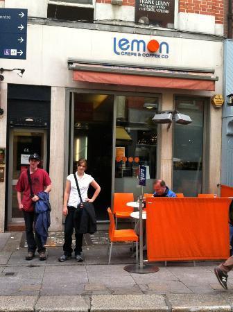 Lemon Crepe and Coffe Co.: The smaller Lemon location in Dublin