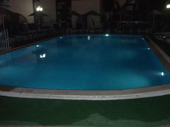 Filis Otel: pool at night