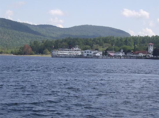 Lake George Bed and Breakfast: Lake George just a 5 minute walk