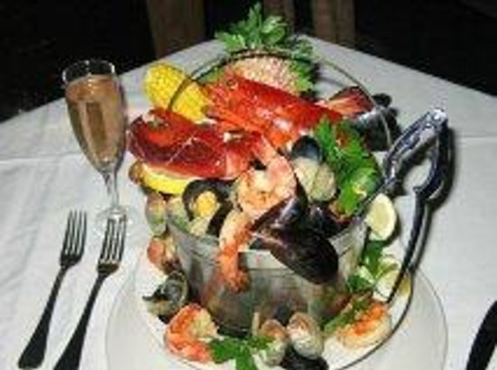 Alma Boathouse: Seafood Bucket For 2: Filled with a variety of seafood & more!