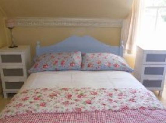 Newborough, UK: Family en-suite Room, also has single bed and Z bed option