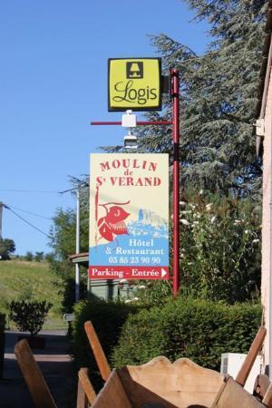 Le Moulin de Saint Verand: Sign