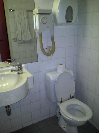 Slina Hotel: Salle de bain