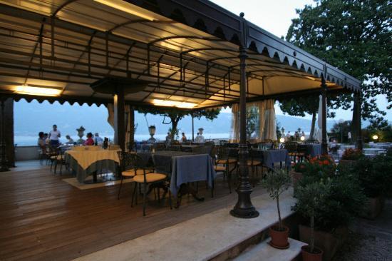 Bogliaco Hotel: eten onder dak met zicht op het water