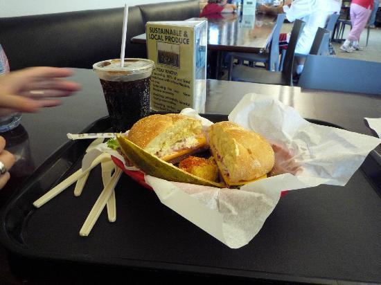 Carlsbad Caverns Restaurant: Sandwich