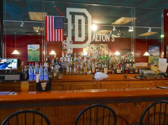 Dalton's Grill: Bar