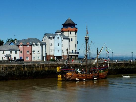 """The """"Matthew"""" entering Portishead Marina - Picture of ..."""