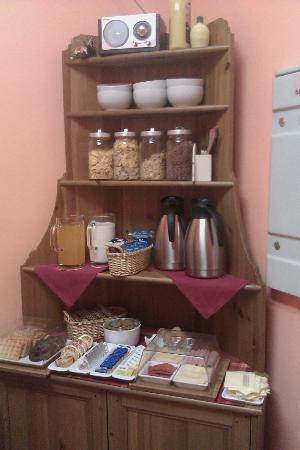 โรงแรมโคลัมโบ: angolo di colazione