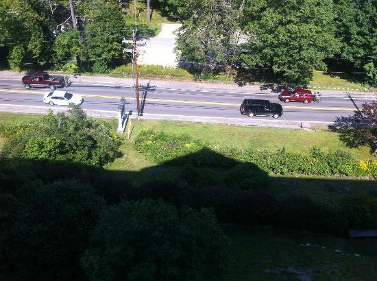 Bluenose Inn - A Bar Harbor Hotel: Route 3 in front of the hotel, seen from balcony of room #333