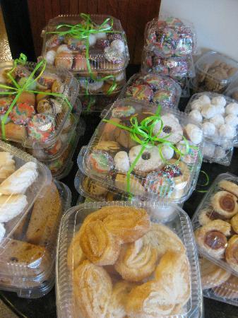 Charm City Food Tours: Italian bakery