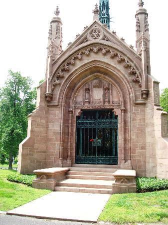 Bellefontaine Cemetery: Adolphus Busch founder of Anheuser Busch Brewery-missouri granite.