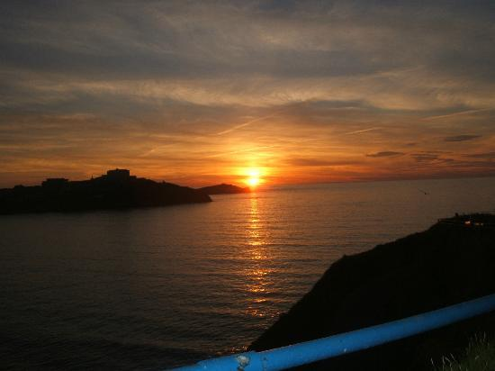 Eliot Hotel : Sunset at Great Western Beach Newquay