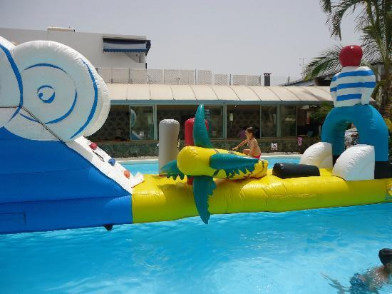 Eden Apartments: Inflateable in the pool Sat afternoons, 5 euro's per person