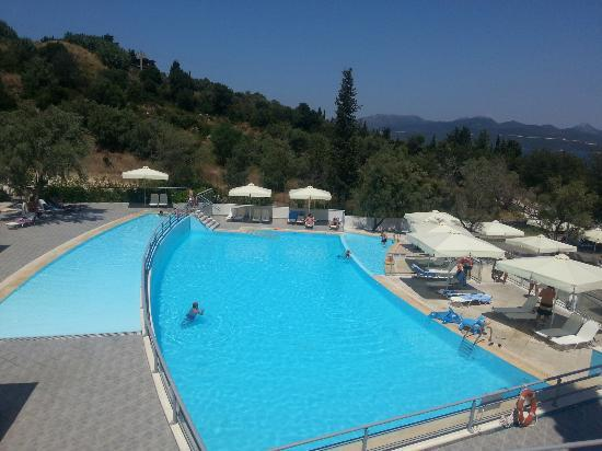 Porto Galini Seaside Resort & Spa: First pool area
