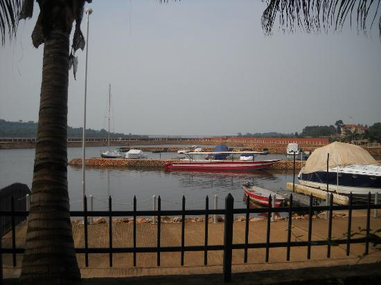 Munyonyo Commonwealth Resort: Lake Victoria