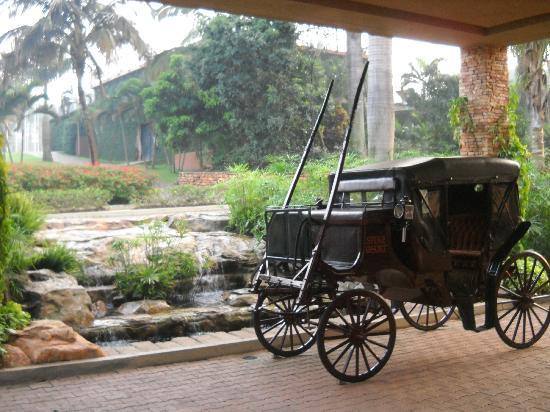 Munyonyo Commonwealth Resort: Horse drawn carriage