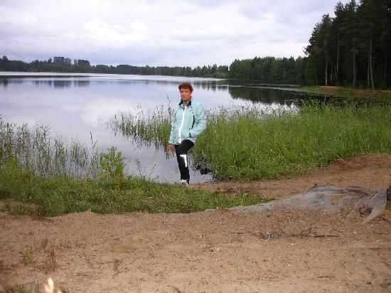 Break Sokos Hotel Vuokatti: Озеро рядом с отелем