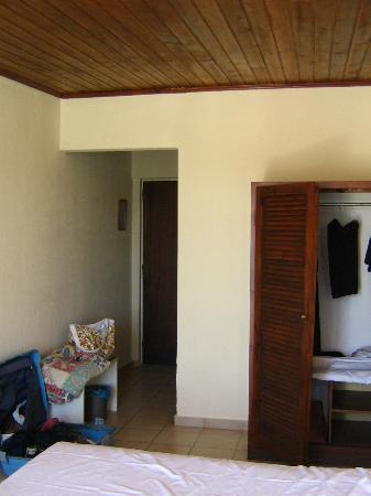 Messonghi Beach Resort: la camera standard