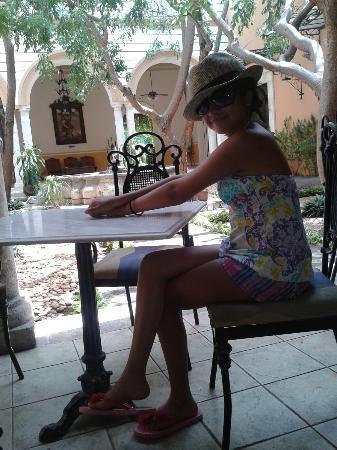 La Mision de Fray Diego: En el restaurante del hotel