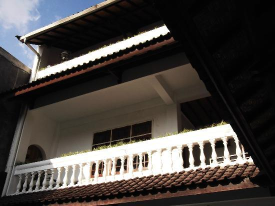 Bladok Losmen: Accès chambres à l'étage