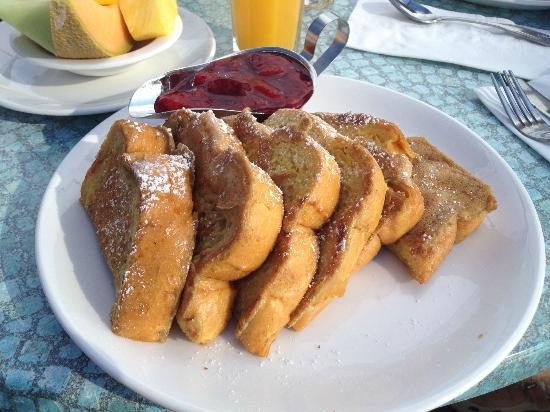 Broken Yolk Cafe - Pacific Beach : French Toast