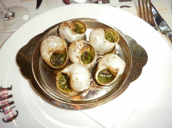 Le Royal Tour Brasserie : escargots