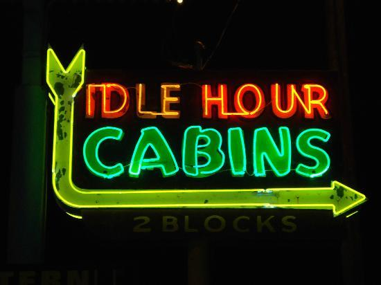 Idle Hour Lodge: Vintage Sign... totally cool!