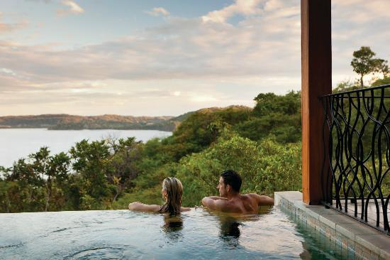Four Seasons Resort Costa Rica at Peninsula Papagayo: Canopy Suite with Plunge Pool overlooking Peninsula Papagayo