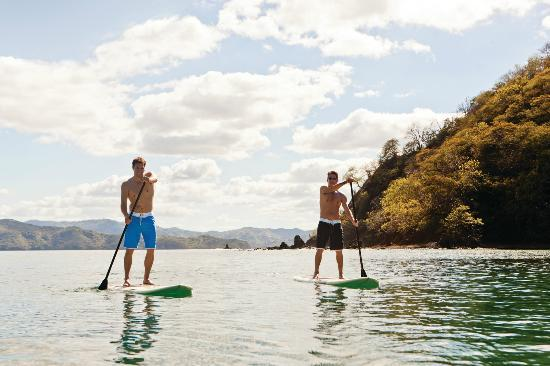 Four Seasons Resort Costa Rica at Peninsula Papagayo: Stand up paddle boarding