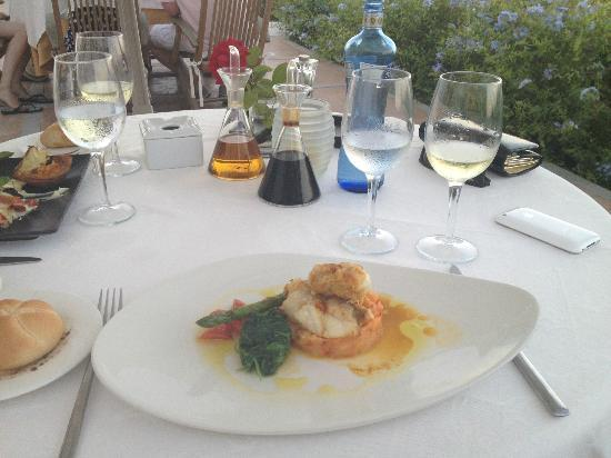 Hotel Rural Es Trull de Can Palau: monkfish