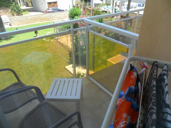 "Protur Bonamar: ""Mini"" balcony"