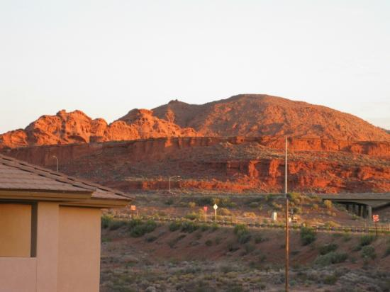 Holiday Inn Express Hotel & Suites St. George North-Zion: Beautiful view from balcony