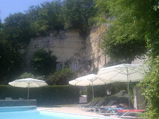 Les Hautes Roches: Great pool - looks out over the Loire