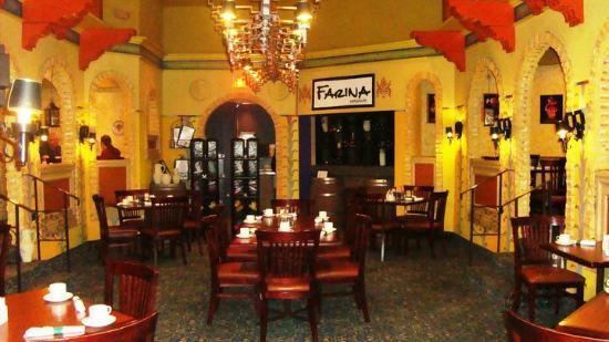 Farina Ristorante - Inside BEST WESTERN