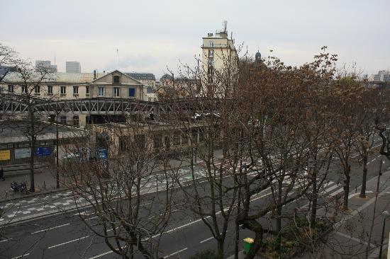 Gare de austerlitz 3 picture of libertel austerlitz jardin des plantes paris tripadvisor - Gare de lyon jardin des plantes ...