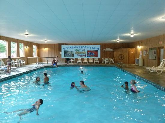 Fox Ridge Resort: Indoor pool