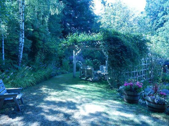 Hartmann House: Stunning garden