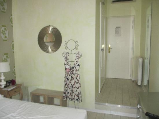 66 Imperial Inn: Bedroom 