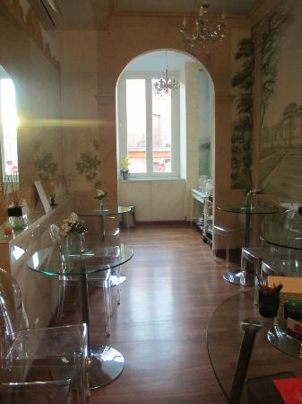 66 Imperial Inn: Dinning area 