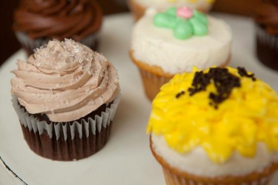 Camino Bakery : Cupcakes